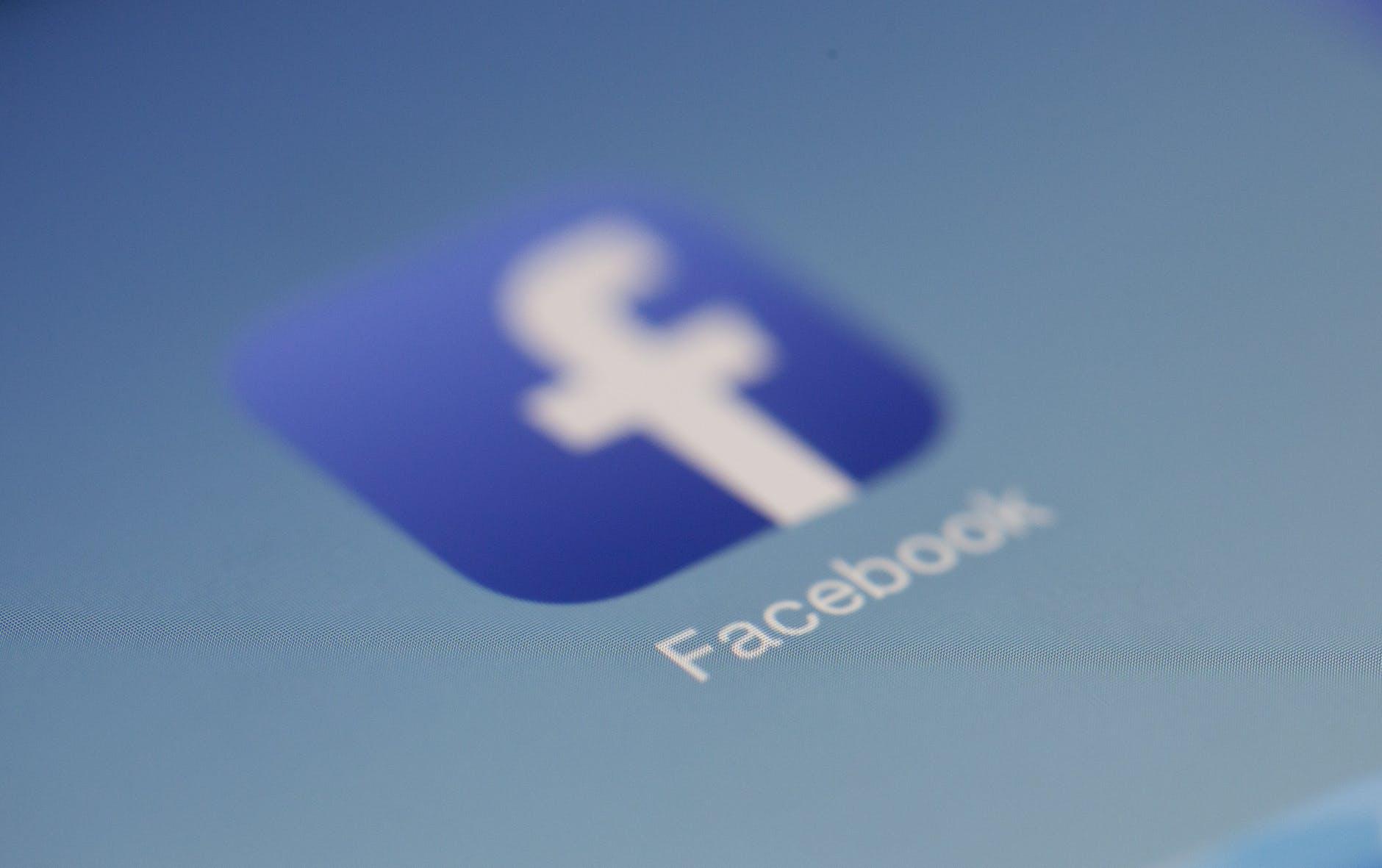 analyze-facebook-data-python